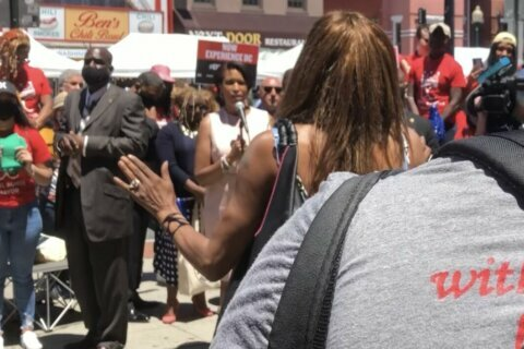 Mother of man killed during police chase last year confronts DC mayor at tourism event
