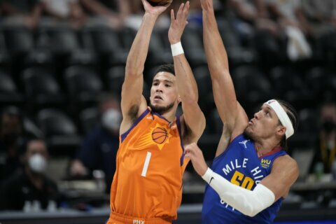 Suns spoil Nikola Jokic's MVP party, beat Nuggets 116-102