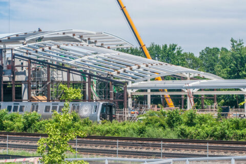 'Deeply disappointing:' Opening of new Potomac Yard Metro station in Alexandria delayed