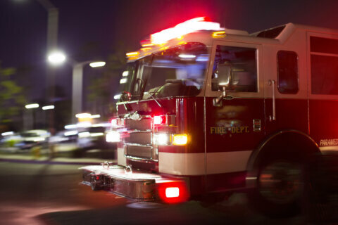 Alexandria first responders double down on push for more pay