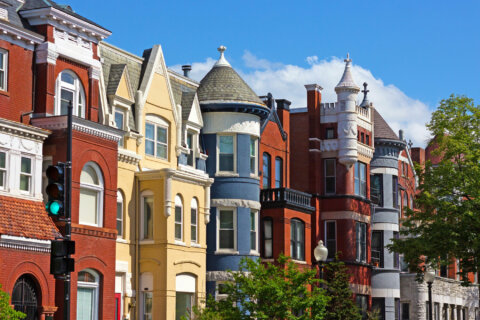 DC home prices hit another record high (but payments are cheaper)