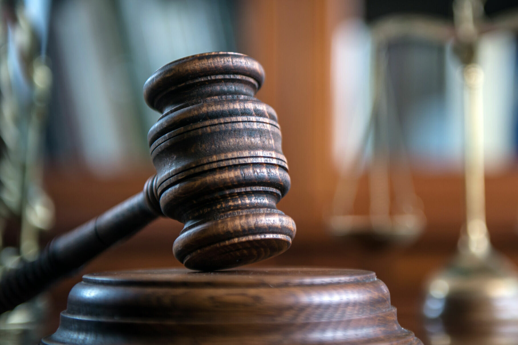 Officials free Va. man accused of hiring hitman to kill wife