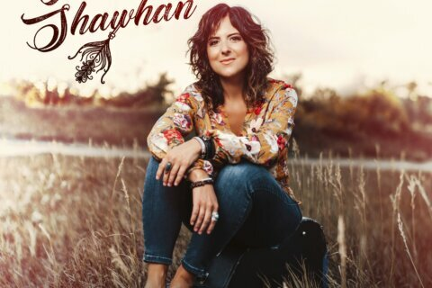 Review: New album showcases Jenny Shawhan's commanding alto