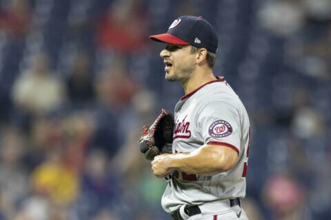 Blue Jays get closer Brad Hand from selling Nationals