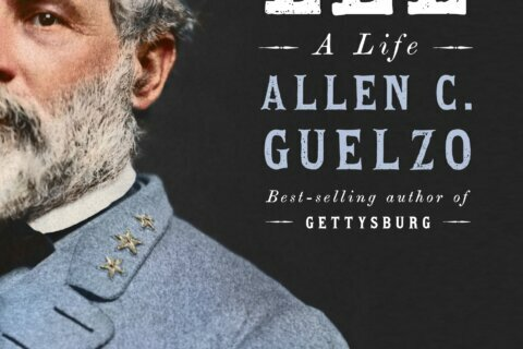 Review: Idolatry surrenders to humanity in new Lee biography
