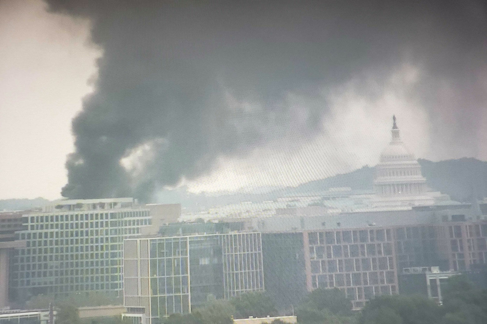 Fire on roof of future Metro HQ spews smoke through area