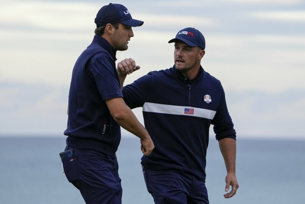 The Latest: US sets record with 19-9 romp at Ryder Cup