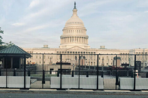 Fencing, road closures return to Capitol