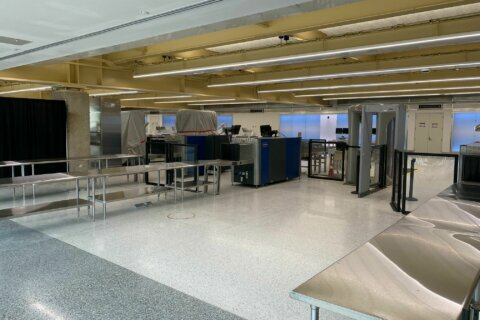 New security checkpoints to open at Reagan National next month