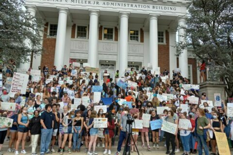 U.Md. students rally against proposed townhouse development in wooded area