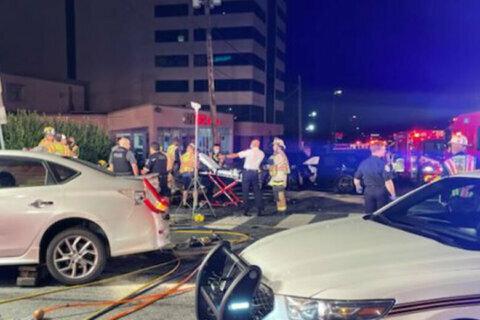5-car Wheaton crash sends 6, including 2 children, to hospital