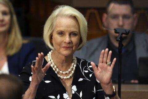 Senate confirms Cindy McCain, Jeff Flake to ambassador posts