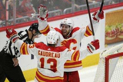 Canadiens top Detroit 6-1, snap 5-game season-opening skid
