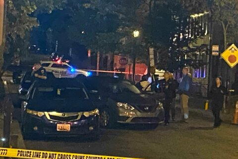 Shootout in Georgetown after off-duty cop thwarts carjacking
