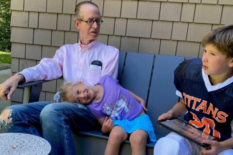 'Pay attention:' Falls Church man who survived breast cancer has a message for men