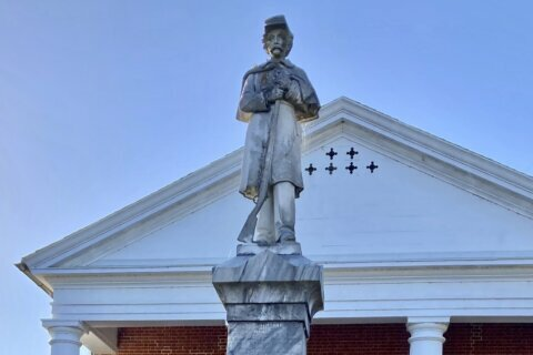 Stripping military bases of Confederate names stirs passions