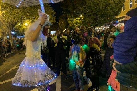 PHOTOS: DC celebrates the 17th Street High Heel Race